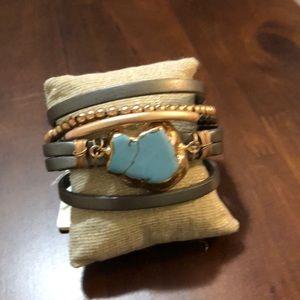 Saachi wrap bracelet with Turquoise center